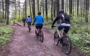 Team Building Mountain Bike Trail Ride