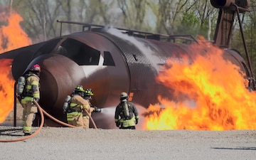 WPAFB Firefighters Attend Training