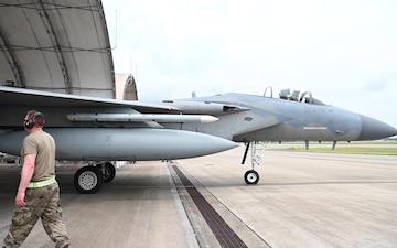 Kingsley Eagles Help F-35 Pilots Train at Eglin Air Force Base