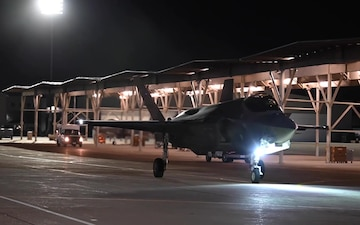 F-35s takeoff from Hill AFB to Mont-de-Marsan Air Base
