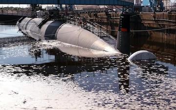 Norfolk Naval Shipyard Undocks USS Pasadena (SSN 752)