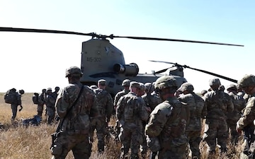 B-Roll of US Army Paratroopers Preparing for Take-off in Australian CH-47 Chinook During Exercise Talisman Sabre