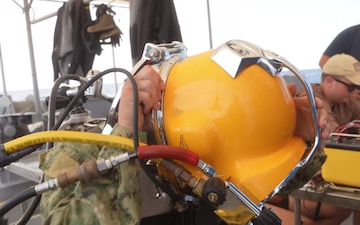 Mobile Diving Salvage Unit Two - Surface-Supplied Diving Operations