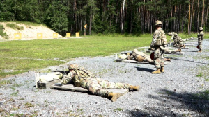 B-Roll EBWC Soldiers compete at M-4 range