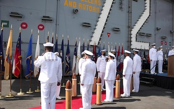USS Abraham Lincoln (CVN 72) change of command benediction and official party departure