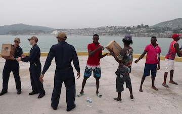 Sailors And Marines Deliver Humanitarian Aid At The Port Of Jérémie, Haiti