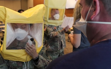 US Northern Command Medical Response Team Supports University of Arkansas for Medical Sciences Hospital