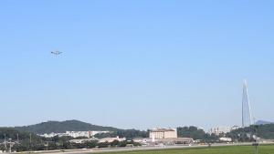 Seoul ADEX 2021 C-17 practice aerial demo BRoll