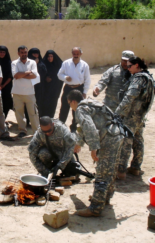 Iraqis learn longevity tips from Coalition forces