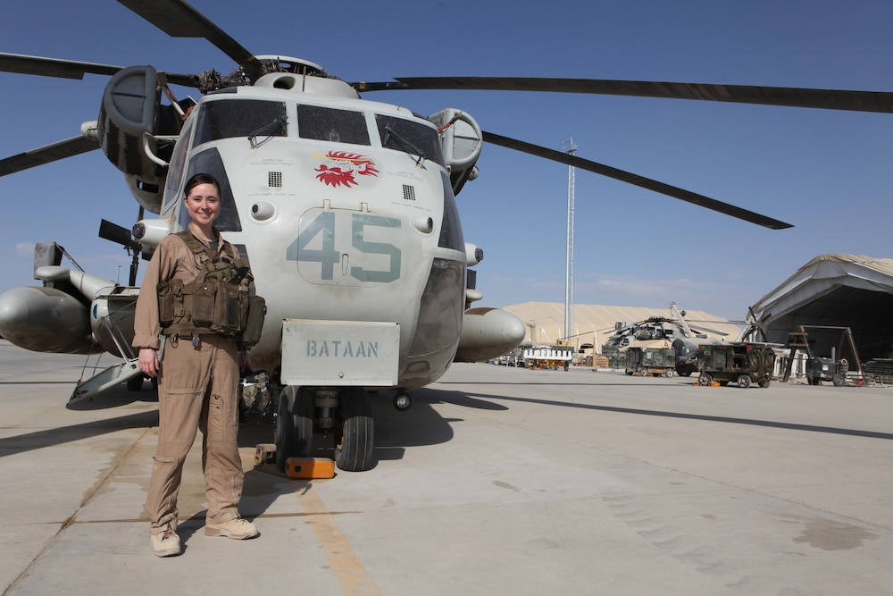 3rd MAW (Fwd) flight surgeon receives prestigious award for service