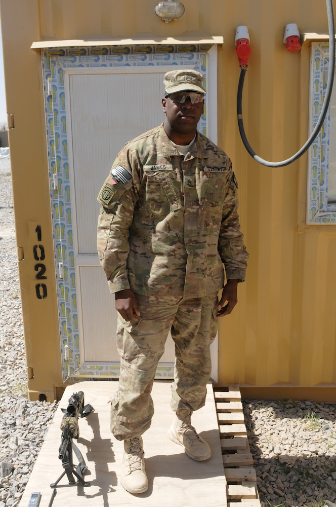 Former drill sergeant continues to train troops