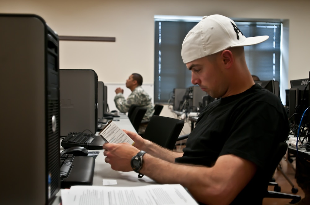 Soldiers use education benefits
