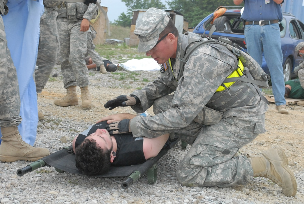 Fort Riley Military Police conduct homeland defense training during Vibrant Response 13