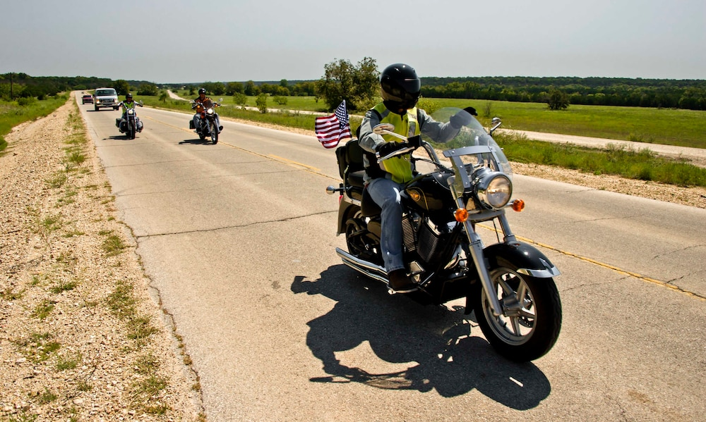 Air Cav troopers conduct motorcycle mentorship ride, learn about safety