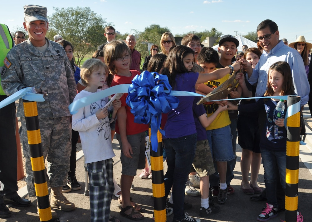 District helps dedicate Tucson project