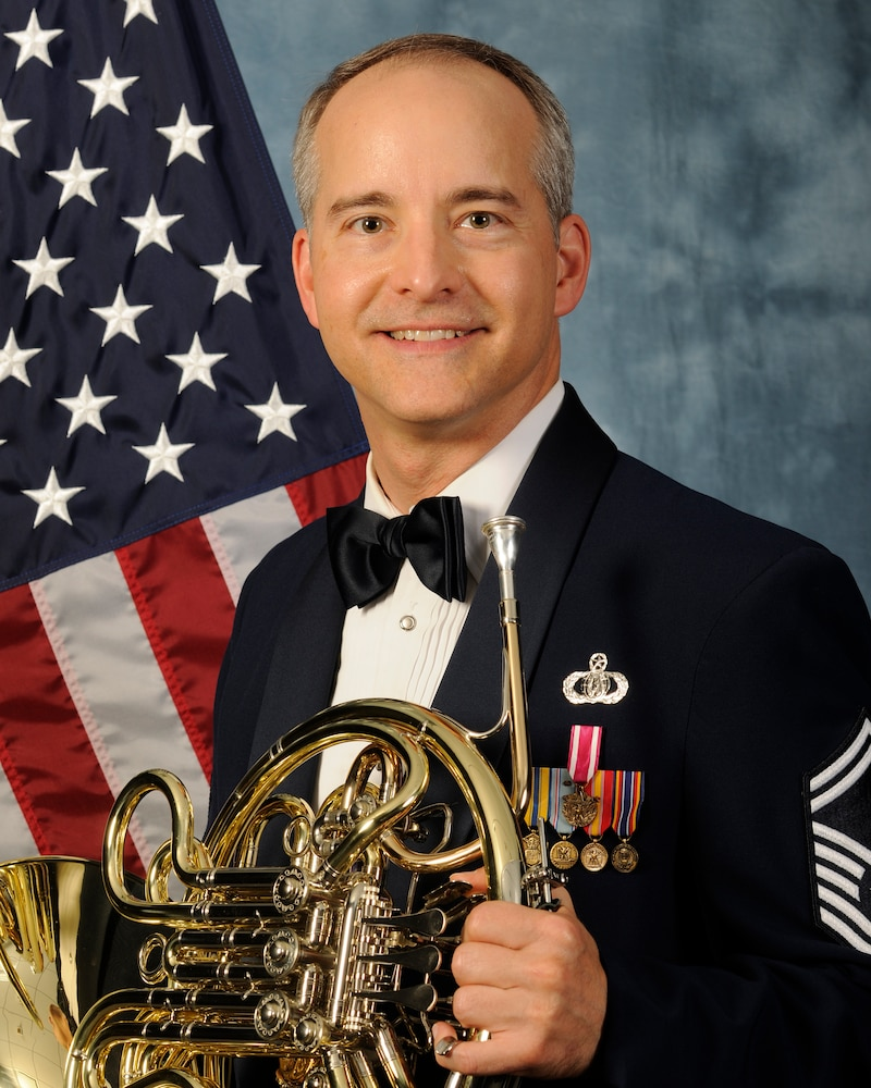 Senior Master Sgt. Krzywicki to appear at Macy's Thanksgiving Day Parade