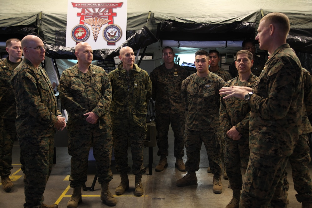 Medical officer of Marine Corps visits Okinawa