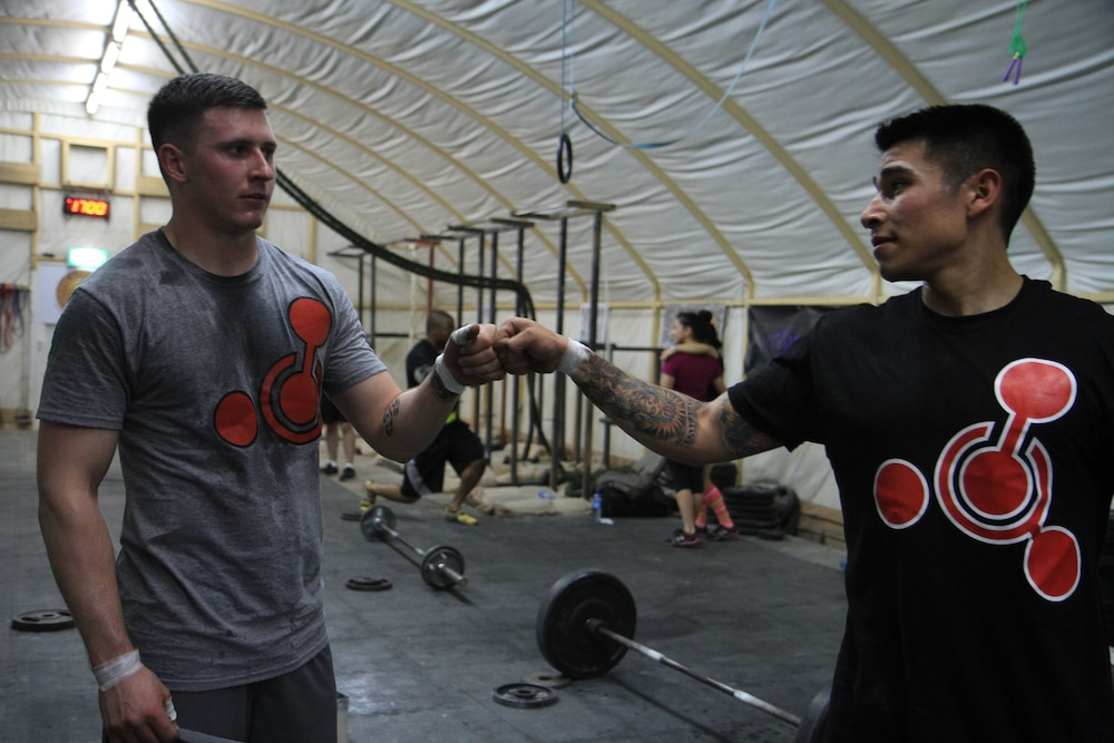 Battle buddies duke it out in the CrossFit Open 2013