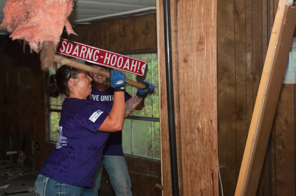 Guard participates in Day of Caring