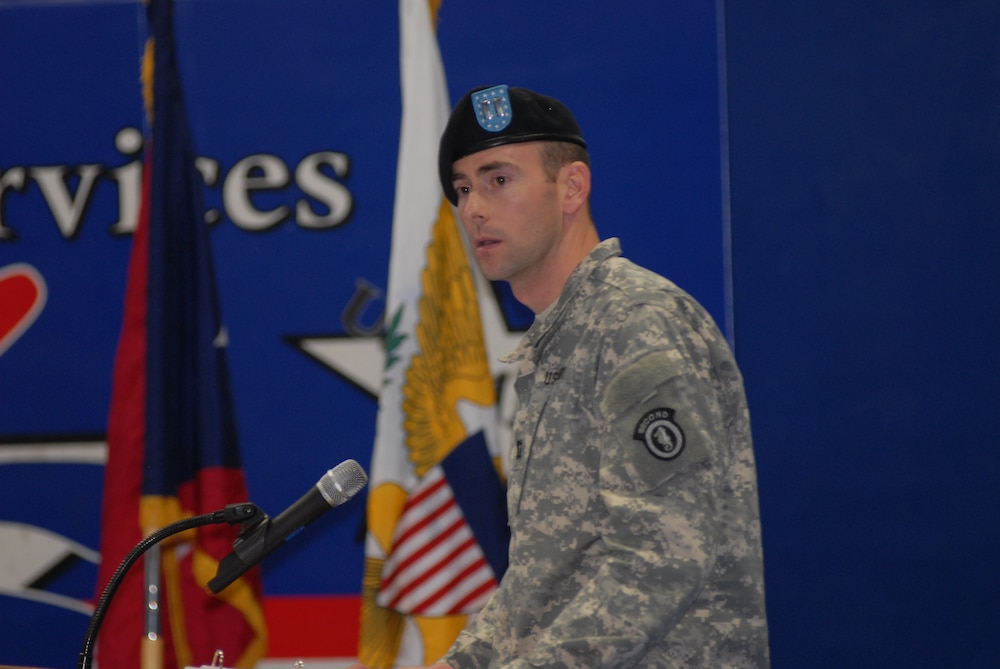 Fort Wainwright military police welcome new commander and honor deploying soldiers