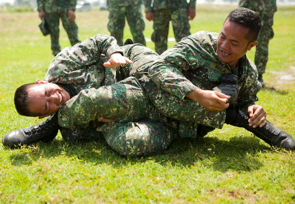 Combined Philippine, U.S. Marine squads battle for bragging rights