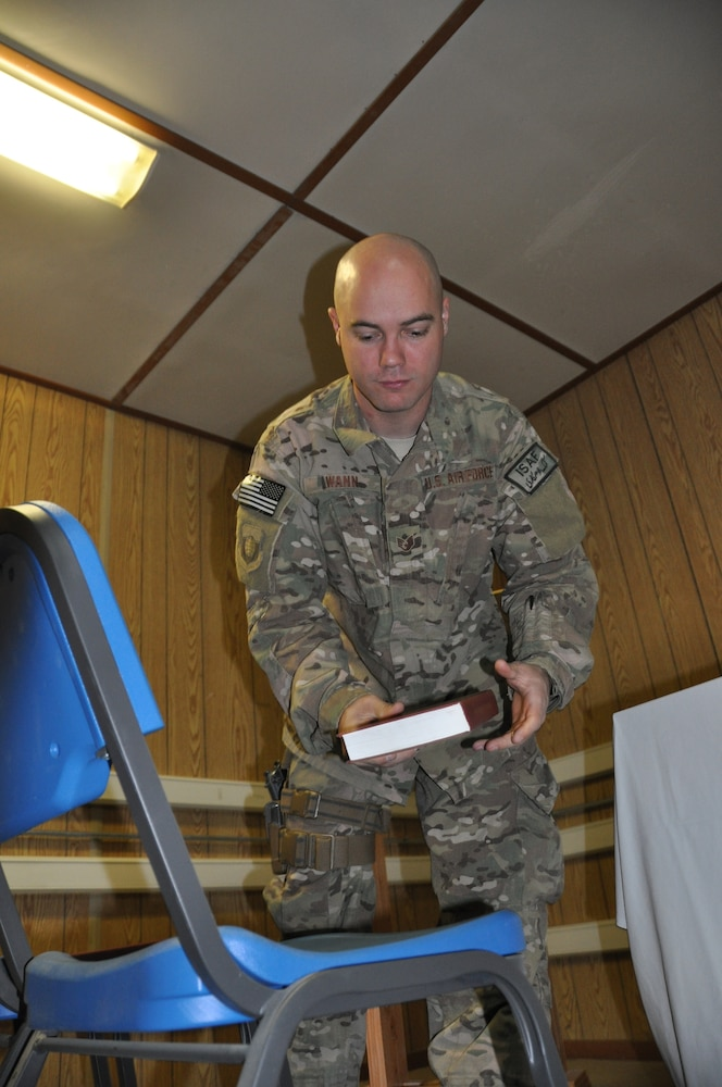 Flightline chapel is first on BAF to be operated by Air Force