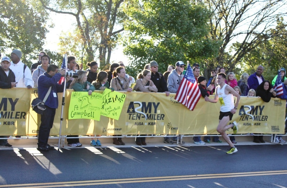 JBLM soldiers run for personal records in Army 10-miler
