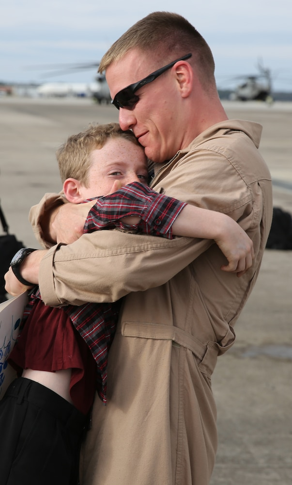 VMGR-252 Marines return home