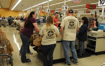 85th Civil Affairs Brigade Family Readiness Group grocery bagging fundraiser