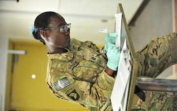 Currahee receives Army Nurse Corps' 2014 Leadership Award of Excellence