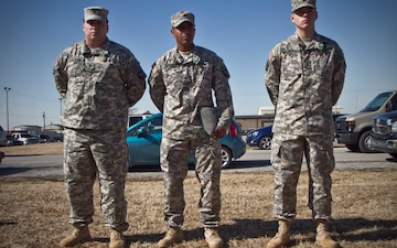 Currahee artillery soldiers receive ARCOM with Valor