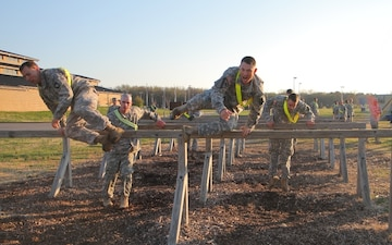 Soldiers compete in  last Currahee Best Squad Competition