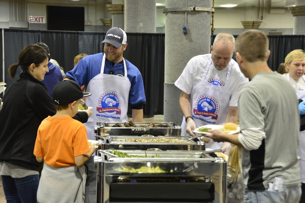 Deploying Soldiers and families honored with steak lunch