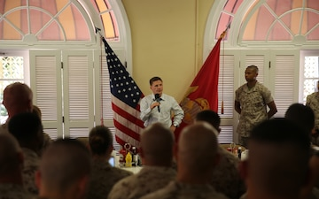 MCRD San Diego receives words of wisdom from an American hero - Cpl. Kyle Carpenter