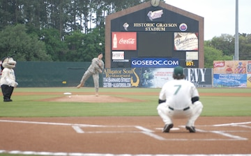 3ID NCO of the Year throws first pitch for Savannah Sand Gnats
