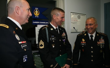 95th Training Division (IET) Iraqi Freedom veteran receives Purple Heart