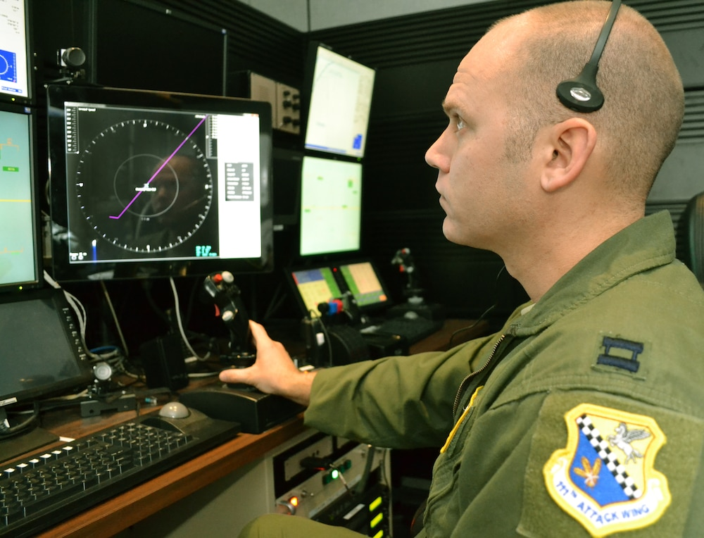 Horsham's hand-selected pilots help develop display for FAA