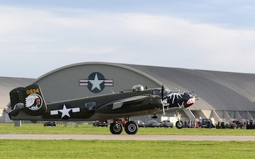 B-25s return to Wright-Patt AFB