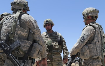 The Adjutant General of Kansas visits Soldiers at Fort Irwin's National Training Center