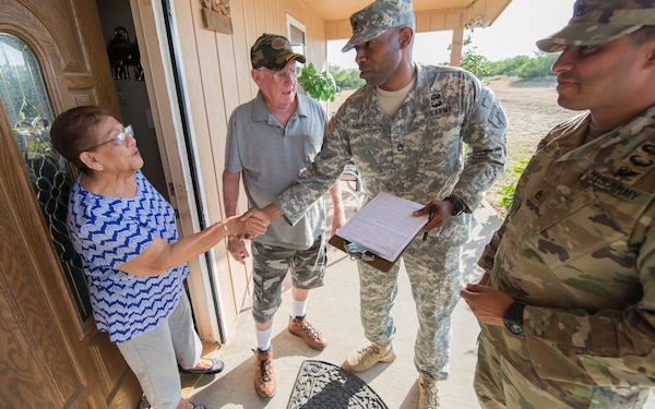 Reserve Soldiers work to develop struggling border towns in south Texas