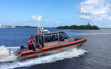 Coast Guard medevacs 59-year-old man from houseboat