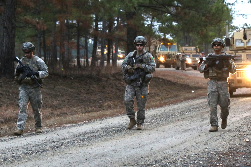 Soldiers from 10th Mountain Division enable the 1st SFAB at JRTC
