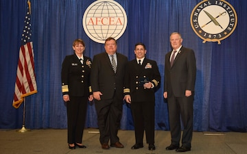 Fleet Cyber Command/U.S. 10th Fleet Officer Receives Copernicus Award