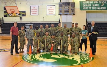10th SG(R) Soldiers Teach Resiliency Skills to KHS Seniors