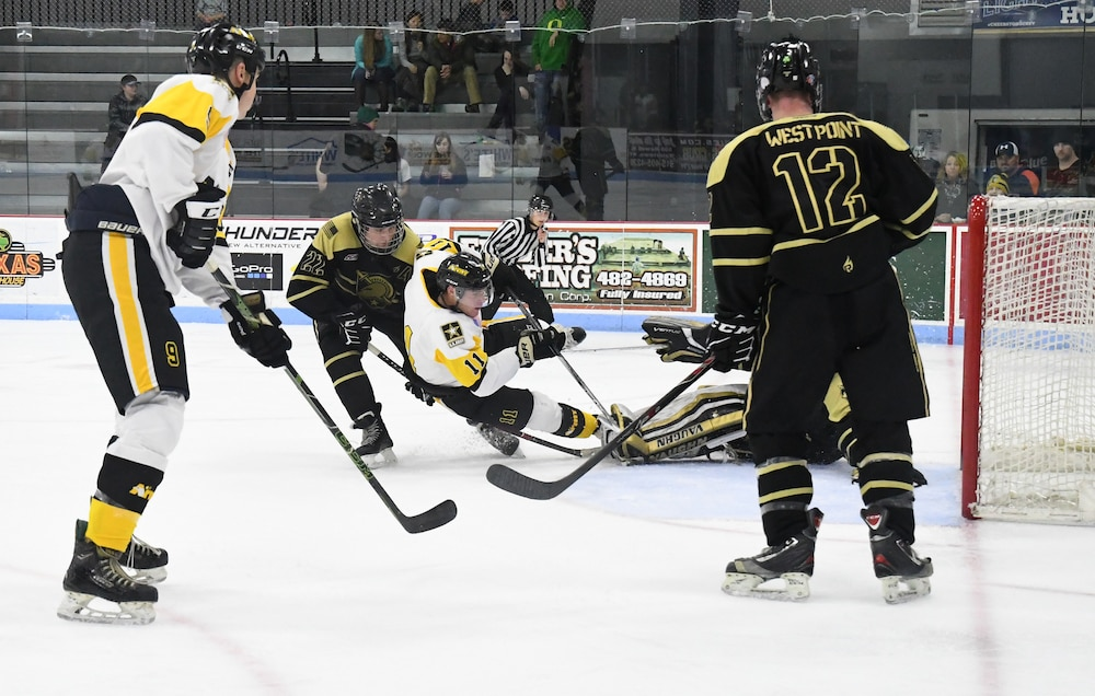 All Army Hockey tests team chemistry in first scrimmage