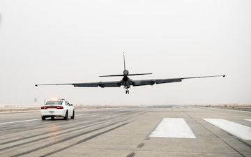 U-2 Dragon Lady Lands at Al Dhafra Air Base