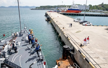 USS Pioneer arrives in Kota Kinabalu