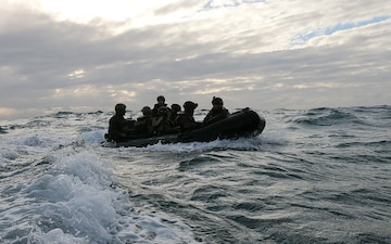 Amphibious raids: 31st MEU Golf Company provides lethality from sea