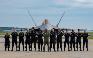 F-22 Demo Team Heads to 'Super Bowl' of Air Shows