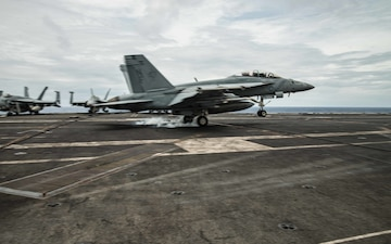 VFA-102 CO Lands Trap Milestone